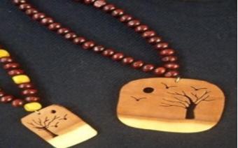 آموزش معرق چوب ساخت زیورآلات چوبی